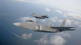 USA mistet et F-22 og et F-35 på fire dager – ingen tiltak på norske fly