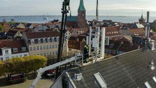 TDCs 5G-mast i Helsingør har blitt målt av Rambøll. Resultatet er – ikke overraskende – at masten avgir langt mindre stråling enn det som er tillatt.