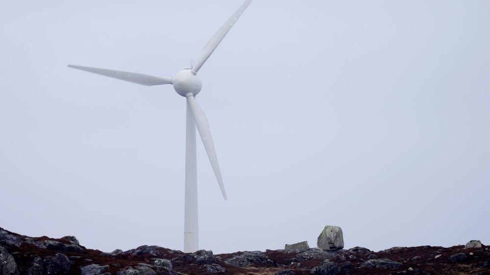 Motvind vil ta åtte vindkraftverk for retten, for å stanse utbyggingene.