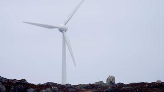 Aktivistorganisasjon vil ta åtte vindkraftverk for retten