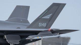 Sidewindere som festes til F-35 er verdt store penger for Kongsberg