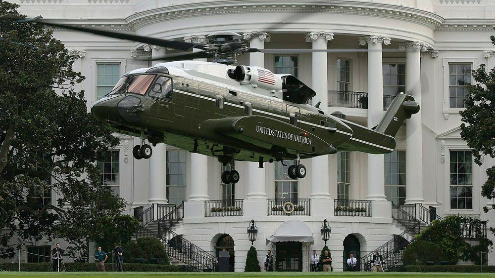 Det første VH-92A-testhelikopteret i forbindelse med testing foran Det hvite hus i september 2018.