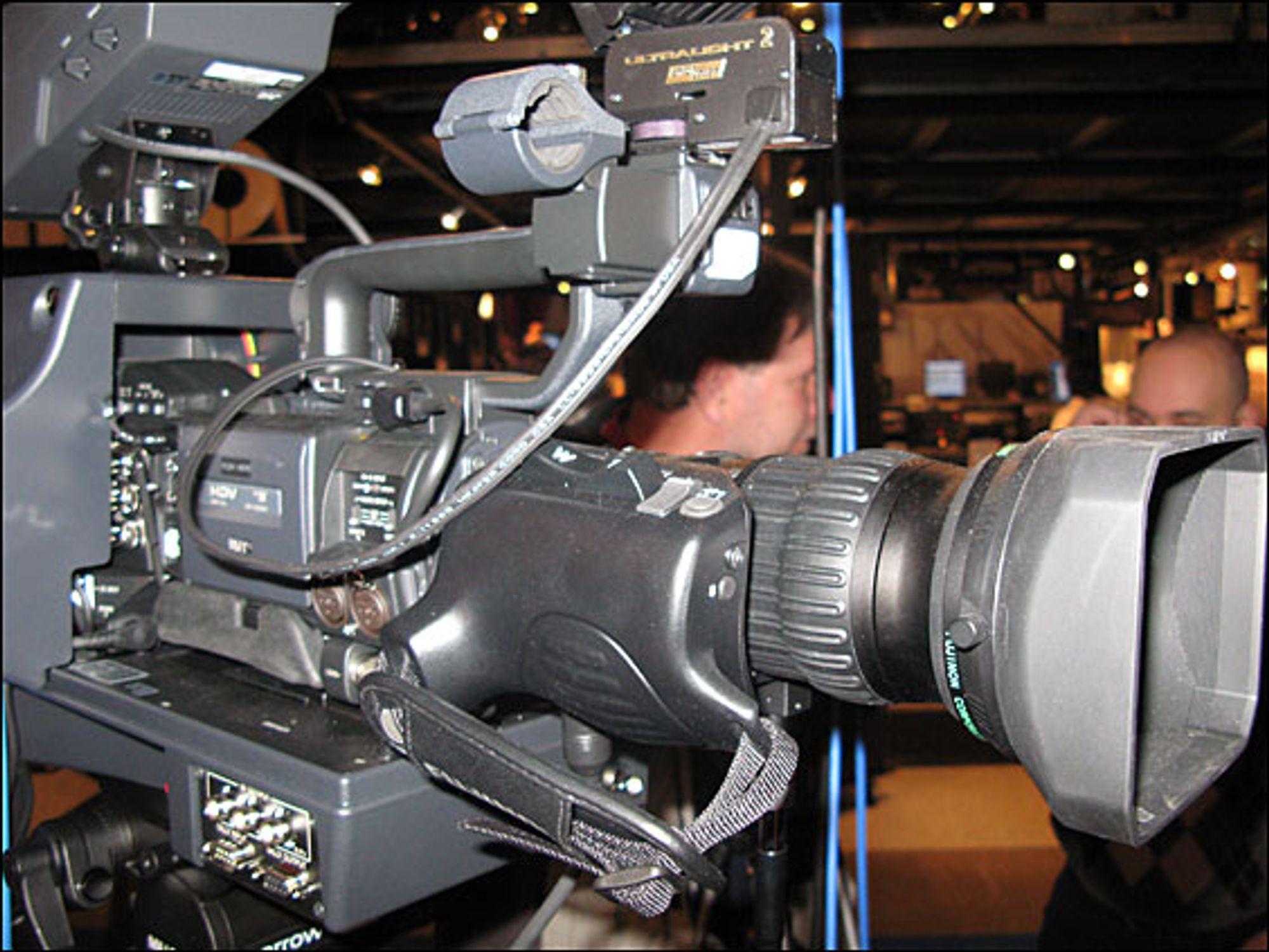 JVC er kanskje ikke mest kjent for sine profesjonelle kameraer, men her er en av deres modeller.