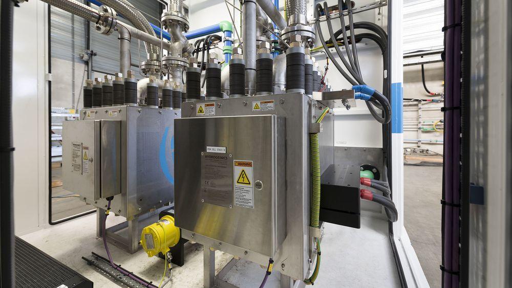 Utslippsfritt hydrogen spås en nøkkelrolle i EUs klimastrategi i årene som kommer. Bildet viser en PEM-basert elektrolysør på 2,5 MW som skal stå i Berlevåg.