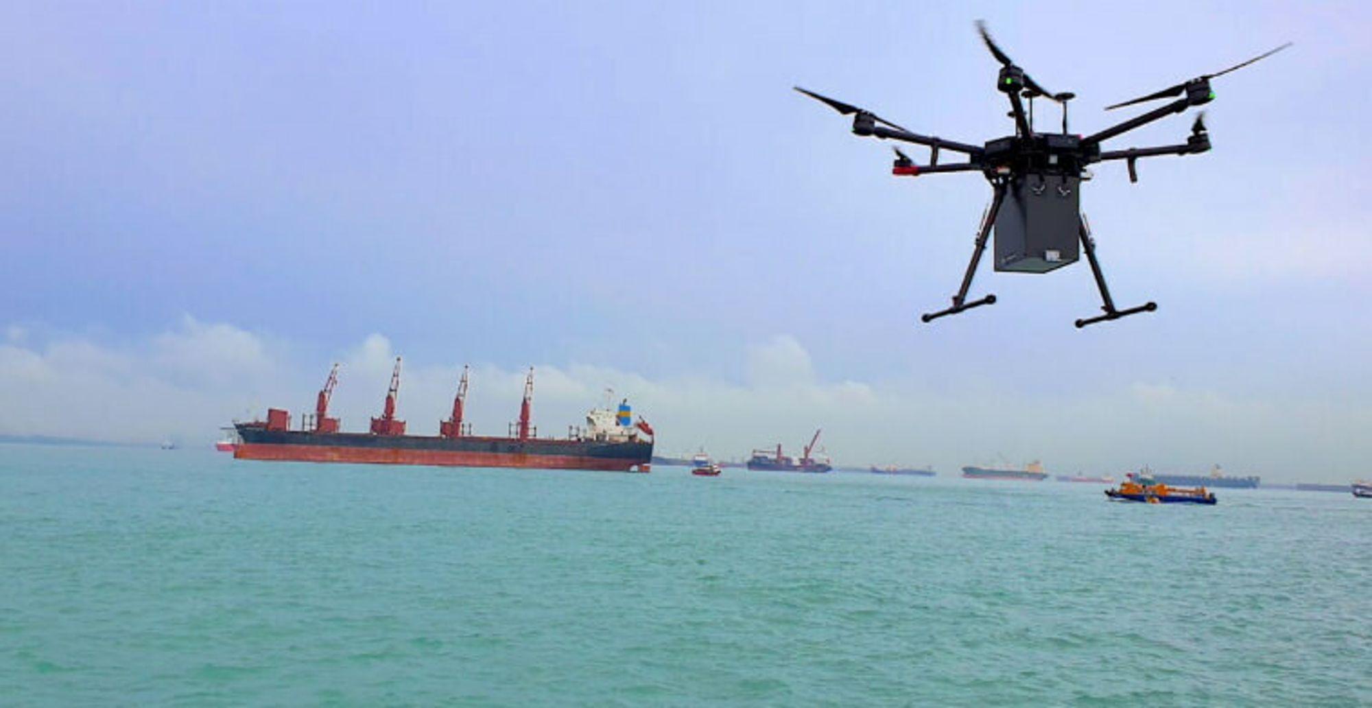 F-Drones leverte en pakke 2,7 kilometer fra land 29. april 2020.