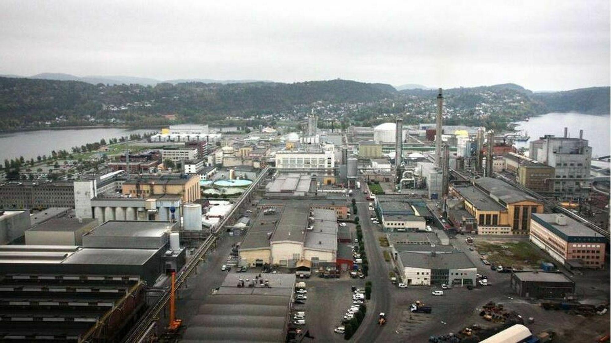 Både Nordic Blue Crude og Sunfire/Norsk E-fuel vil bygge fabrikker for syntetisk drivstoff her på Herøya. Produksjon av drivstoff fra CO2 og vann er svært energikrevende, og industriparken har god tilgang på strøm og høye effekt.
