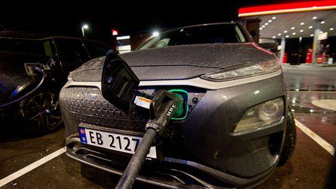 Rekkevidde er ikke elbilenes store hinder. Ladehastigheten er problemet