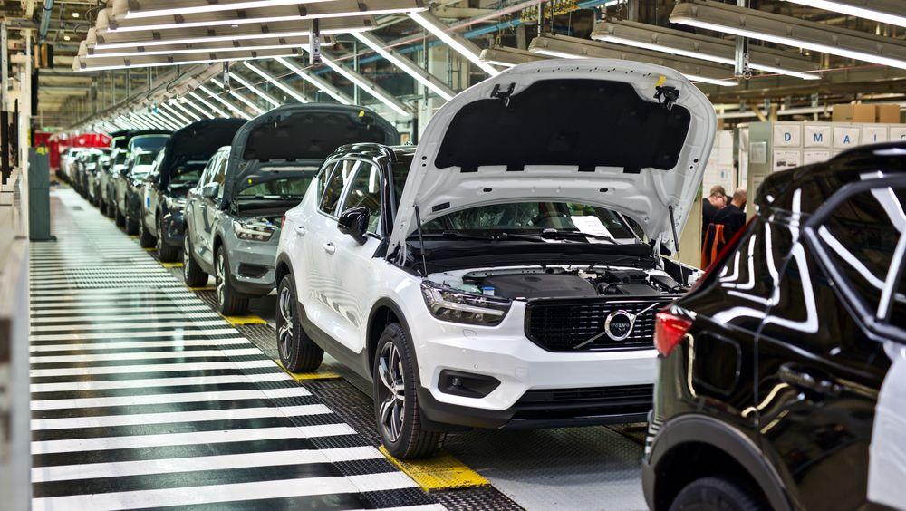 XC40 Recharge P8 blir Volvos første masseproduserte elbil. Mange sitter på gjerdet og venter på de nye modellene.