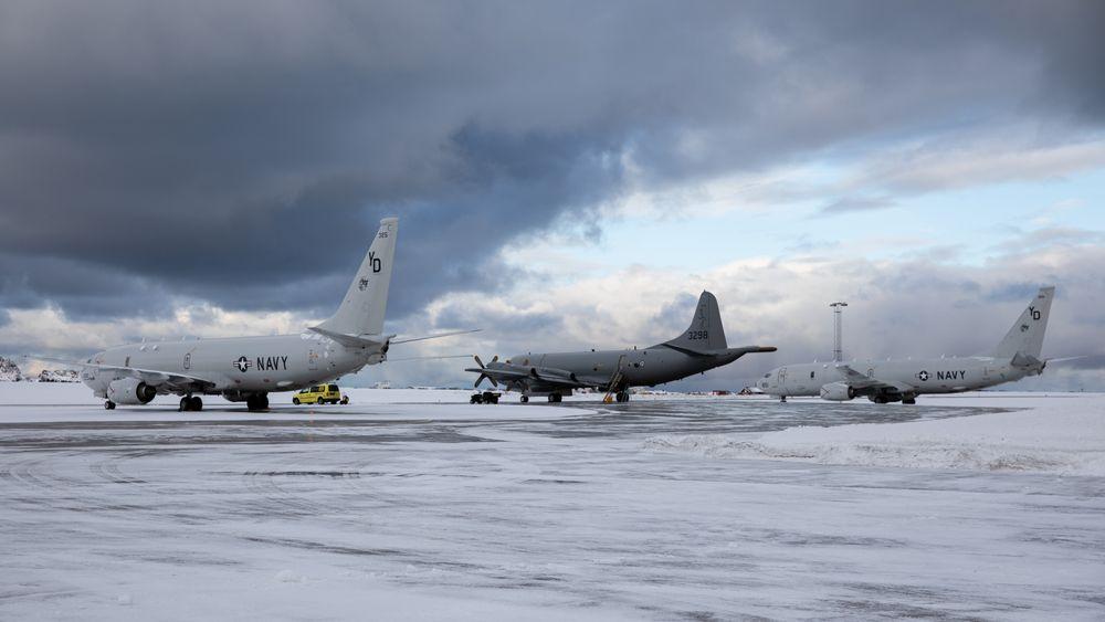 To P-8 Poseidon fra US Navy og et norsk P-3 Orion på Andøya i mars i år.