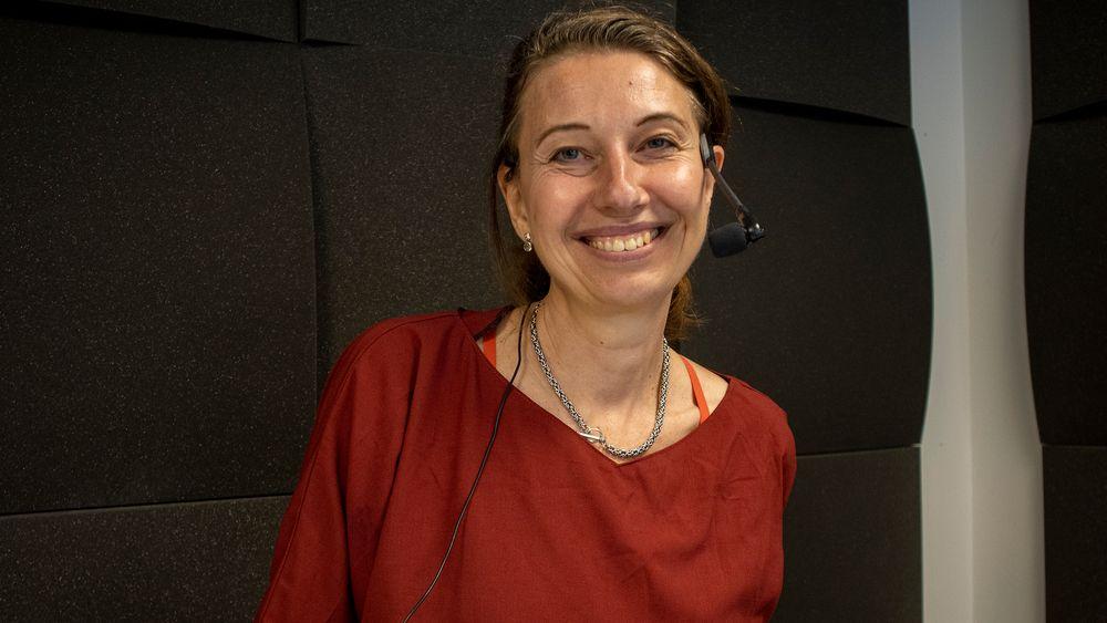 I krystallkula: Teknolog og teknologientusiast Silvija Seres er opptatt at vi må forberede oss på en teknologifremtid som kommer.
