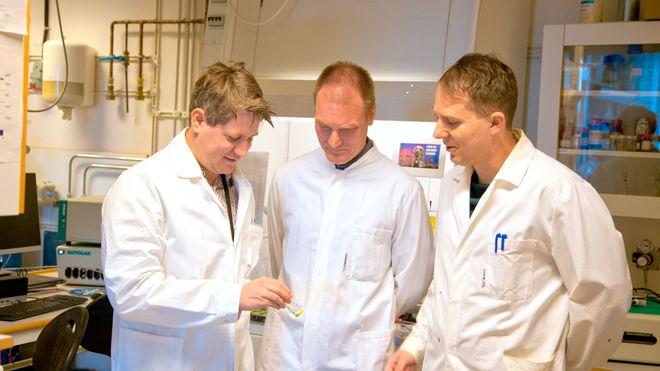 Helorganisk protonbatteri skal gi billig og miljøvennlig energilagring