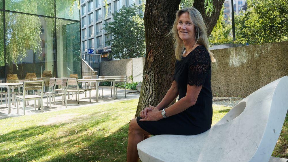 Kari Sandberg leder EBA, som er byggenæringens største bransjeorganisasjon. Nå tar hun digitalisering og maskinlesing i bruk for å redusere utslipp. I tillegg utfordrer hun myndighetene til å ta klimakrav inn i TEK.