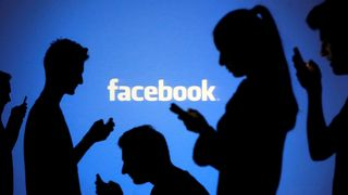 Facebook vil merke innlegg fra politikere som bryter reglene