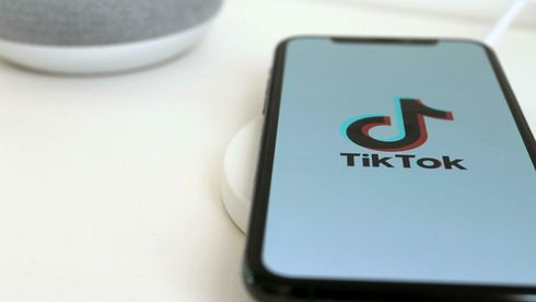 TikTok på en Iphone.