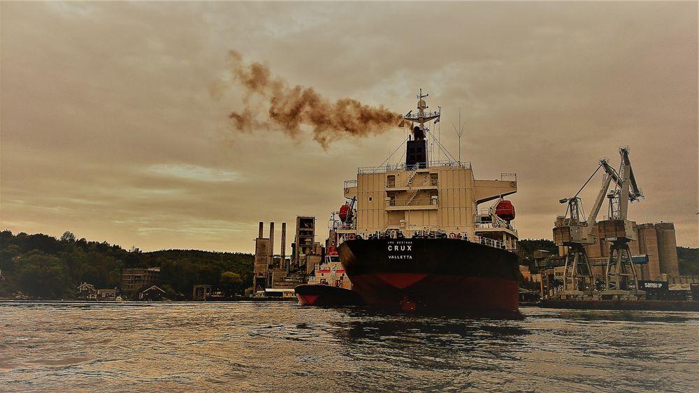 Store, havgående skip står for store det meste av utslipp fra shipping. Hvilken type drivstoff og teknologi kan bidra til lav- og nullutslipp?
