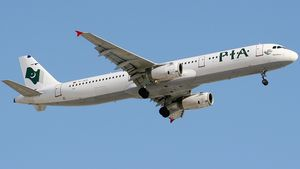 /2587/2587407/Airbus_A321-231%2C_Pakistan_International_Airlines_-_PIA_%28Inter_Airlines%29_AN1157696.300x169.jpg