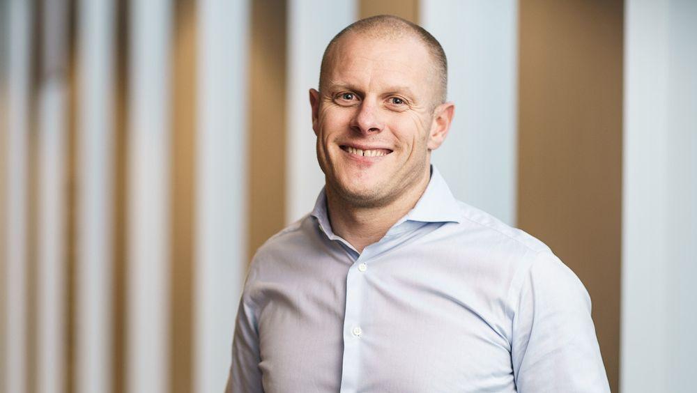 Matts Johansen, leder i Aker Biomarine skal være mentor for en kvinnelig leder i høst.