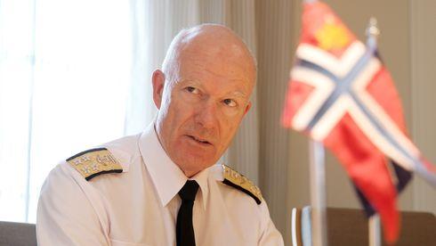 Forsvarssjef Bruun-Hanssen har gjort alle feilene han ser ferske ledere gjør