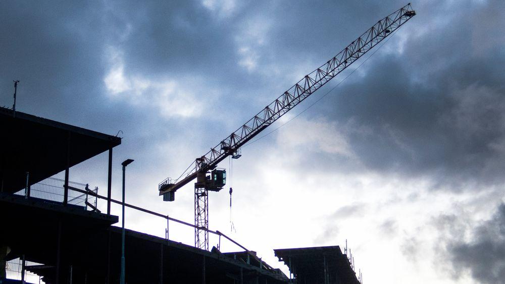 I juni var det rekordmange ledige stillinger innen bygg og anlegg – mens ingeniørtallene fortsatt var svake.