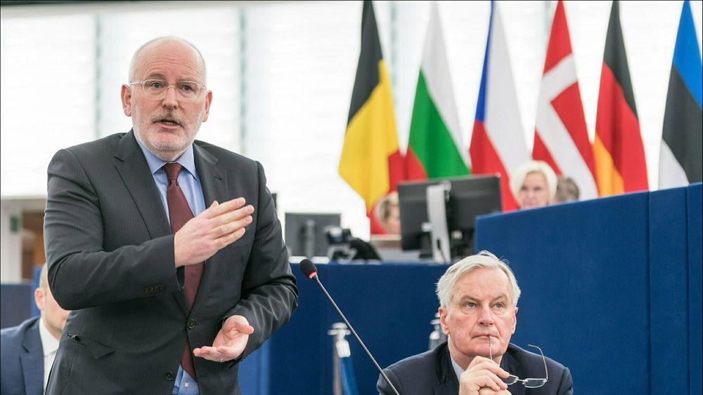 EU-kommisjonens visepresident Frans Timmermans presenterte i går EUs nye hydrogenstrategi. I prosessen mottok han en brev fra Equinor og 32 andre gassprodusenter, hvor EU ble oppfordret til å sidestille blått og grønt hydrogen.