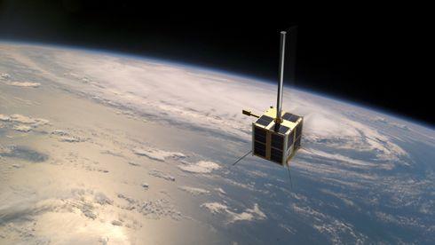 Norges første satellitt skulle fungere i minst tre år – nå markeres tiårsjubileet
