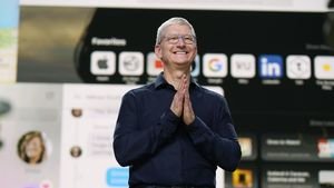 /2589/2589102/Apple.WWDC20.Tim_Cook.05.300x169.jpg