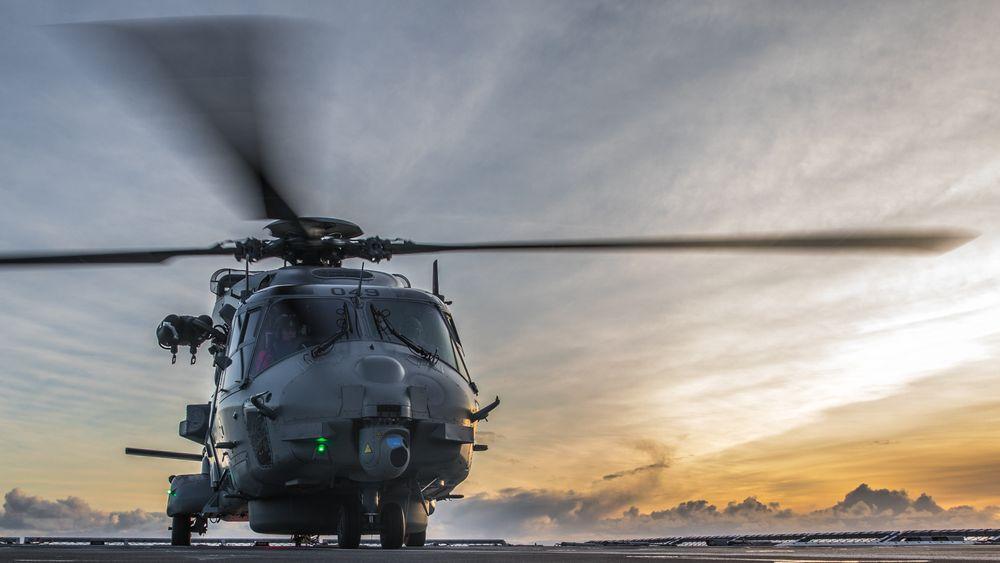 Et nederlandske militærhelikopter av typen NH90 styret i nærheten av Aruba. NH90 brukes også i Norge. Bildet er fra Bodø.
