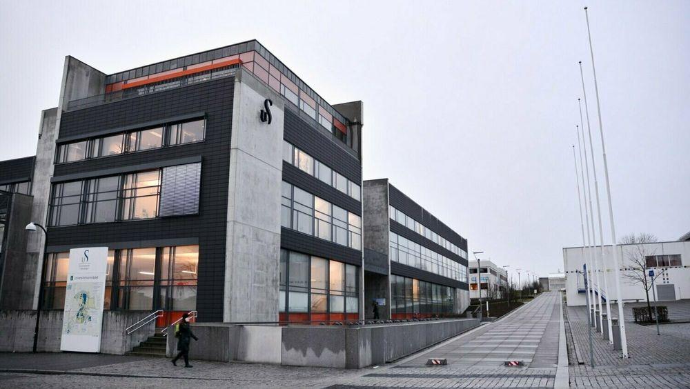 Til tross for at oljeprisen stupte og arbeidsledigheten skøyt i været i mars, opplever Universitetet i Stavanger økning i søkertallene til oljefagene.