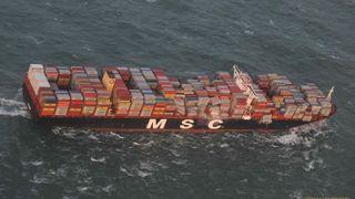 Konteinerskipet var for stort og stivt – førte til at 342 konteinere falt over bord i sterk vind