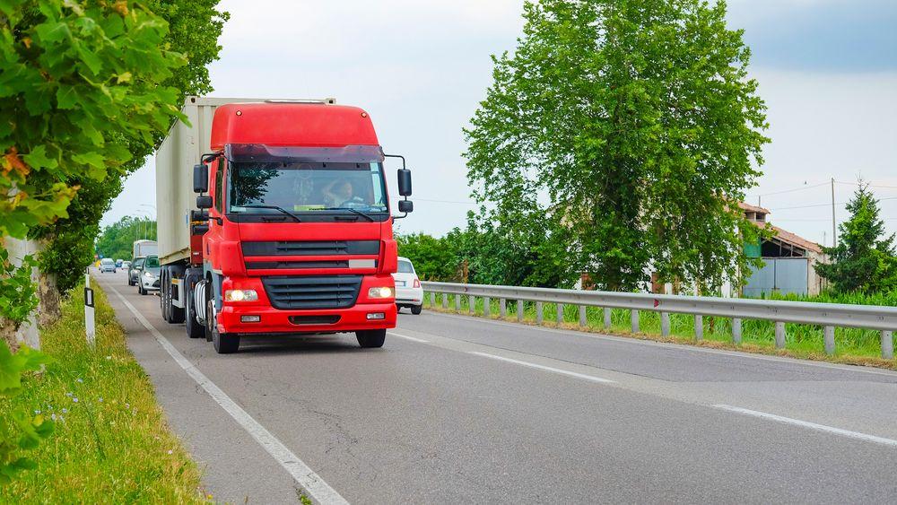 Nå skal landtransporten bli grønnere, takket være et samarbeid mellom 15 bransjeorganisasjoner