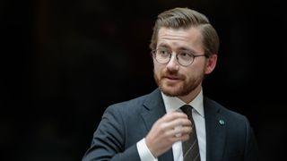 Miljøministeren vil se på oppfølging av ulovlige utslipp på sokkelen