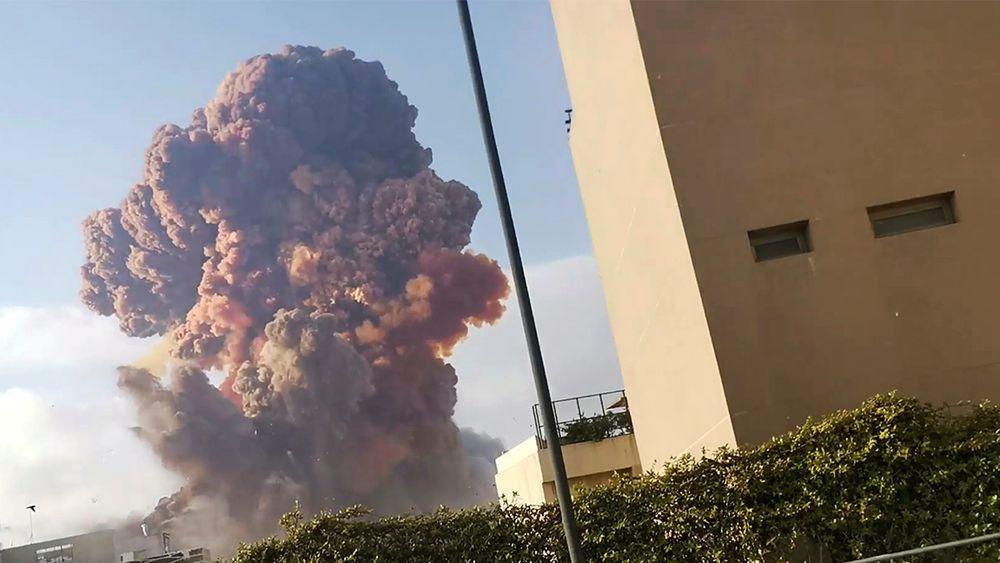 I seks år har det enorme lageret med ammoniumnitrat stått på havna i Beirut. i går gikk det galt.