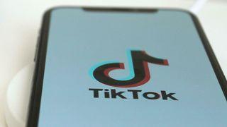 Tiktok er en mobilapp der brukerne kan dele korte videoer.