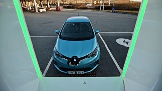 Franske Renault Zoe er «big in Germany», og ble det mest registrerte elbilen i landet i juli.