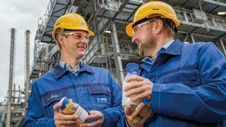 Kjemisk resirkulerte plastprodukter skal ut i markedet:Avgir halvparten så mye CO2 som å sende blandet plast til forbrenning