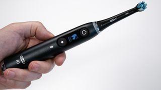 Denne børsten tar elektrisk tannpuss til et nytt nivå