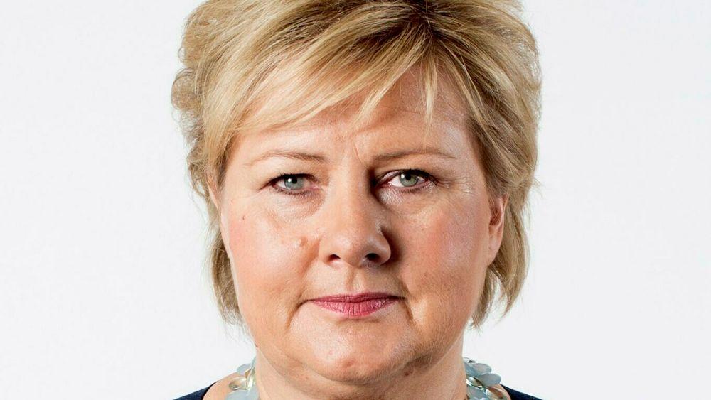 Statsminister Erna Solberg vil utvide permisjonsordningen til ett år.