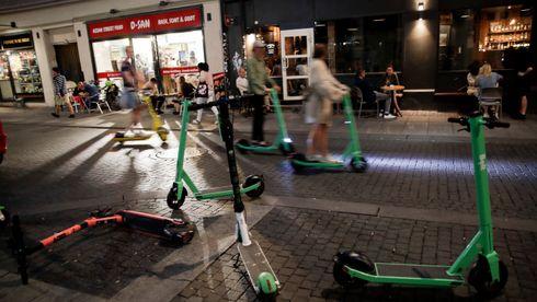 Fadesen med elektriske «sparkesykler» henger tett sammen med lovgivere som ikke forstår teknologi