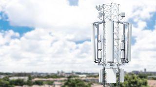 Ilustrasjonsbilde av en 5G-mast fra Ericsson.