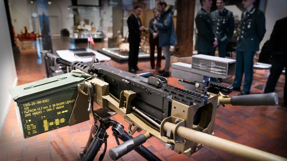 Forsvarsmateriell har så langt bestilt tusen nye 12,7 mm-mitraljøser, og nå bestiller de også nye softmounts som passer til M2A2N.
