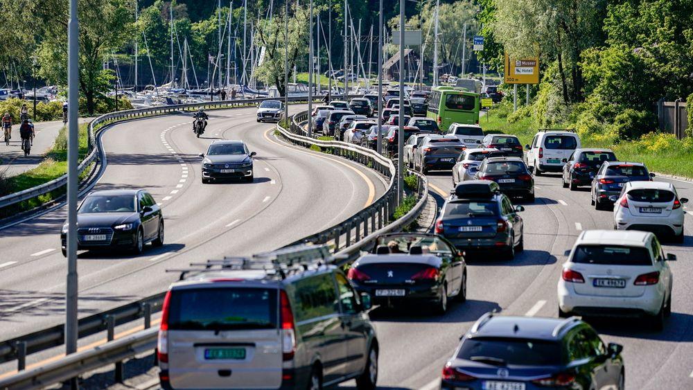 Både SV og MDG varsler at de vil gå imot en fylkeskommunal garanti for utbygging av E18 på strekningen Lysaker – Ramstadsletta.