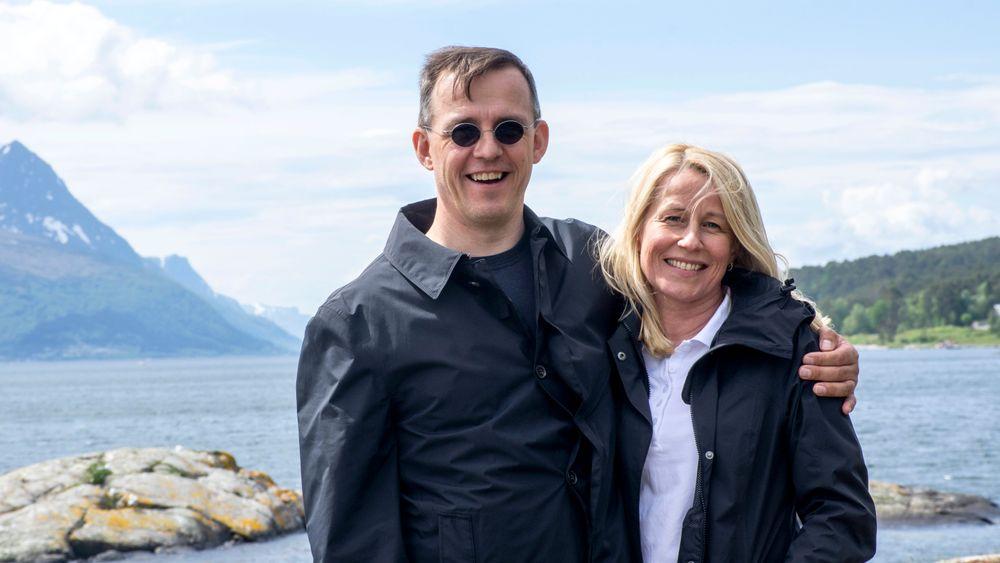 Marianne Synnes Emblemsvåg og Jan Emblemsvåg dropper politikk og topplederjobb og har valgt å gå tilbake til akademia – i stillinger som førsteamanuensis ved NTNU i Ålesund.