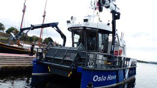 Helelektrisk katamaran skal sørge for at havnebassenget blir tømt for søppel
