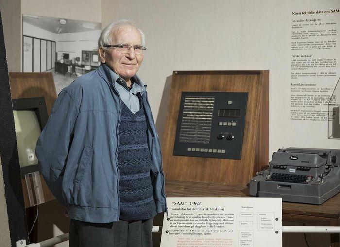 Yngvar Lundh under et besøk ved Teknisk Museum i 2019.