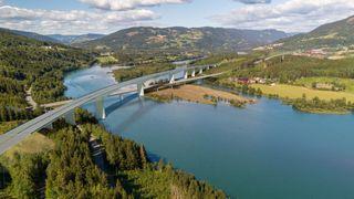 Vil heller ha en kortere og lavere bruløsning for nye E6 over Lågen ved Lillehammer