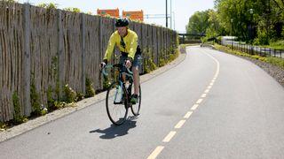 Nå er «motorveien» for syklistene klar. Her skal det være trygt å sykle i høy fart