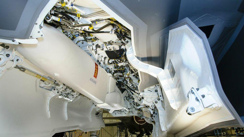 JSM-missil i våpenrommet på en F-35.