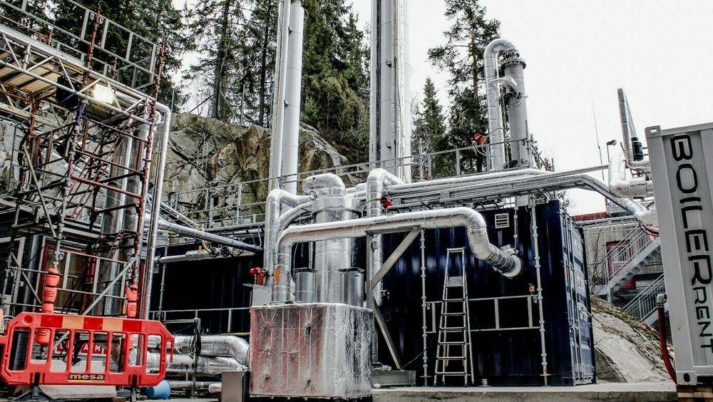 Pilotanlegget for karbonfangst ved avfallsanlegget på Klemetsrud i Oslo har gitt gode resulatater. Nå venter Oslo kommune, og Oslo Fortum Varme, på en investeringsbeslutning fra staten.