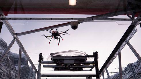 Droneinspeksjoner er for unøyaktige: GPS sliter med norske fjell