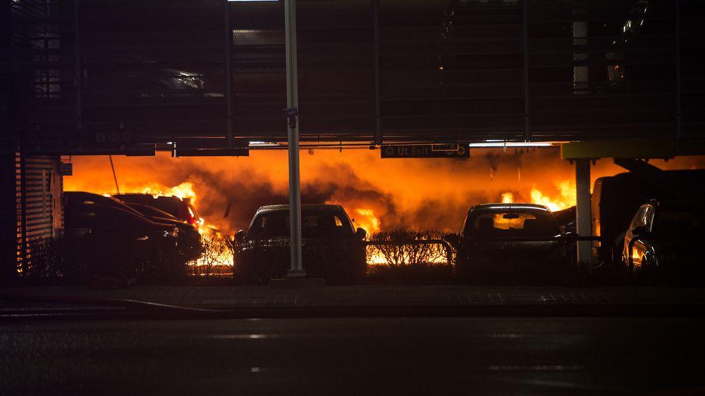 Parkeringshuset på Stavanger lufthavn Sola brant 7. januar i år.